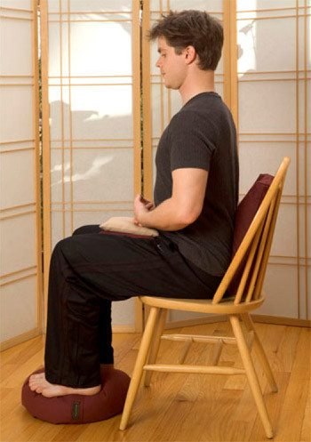 correct way to sit in chair while meditating
